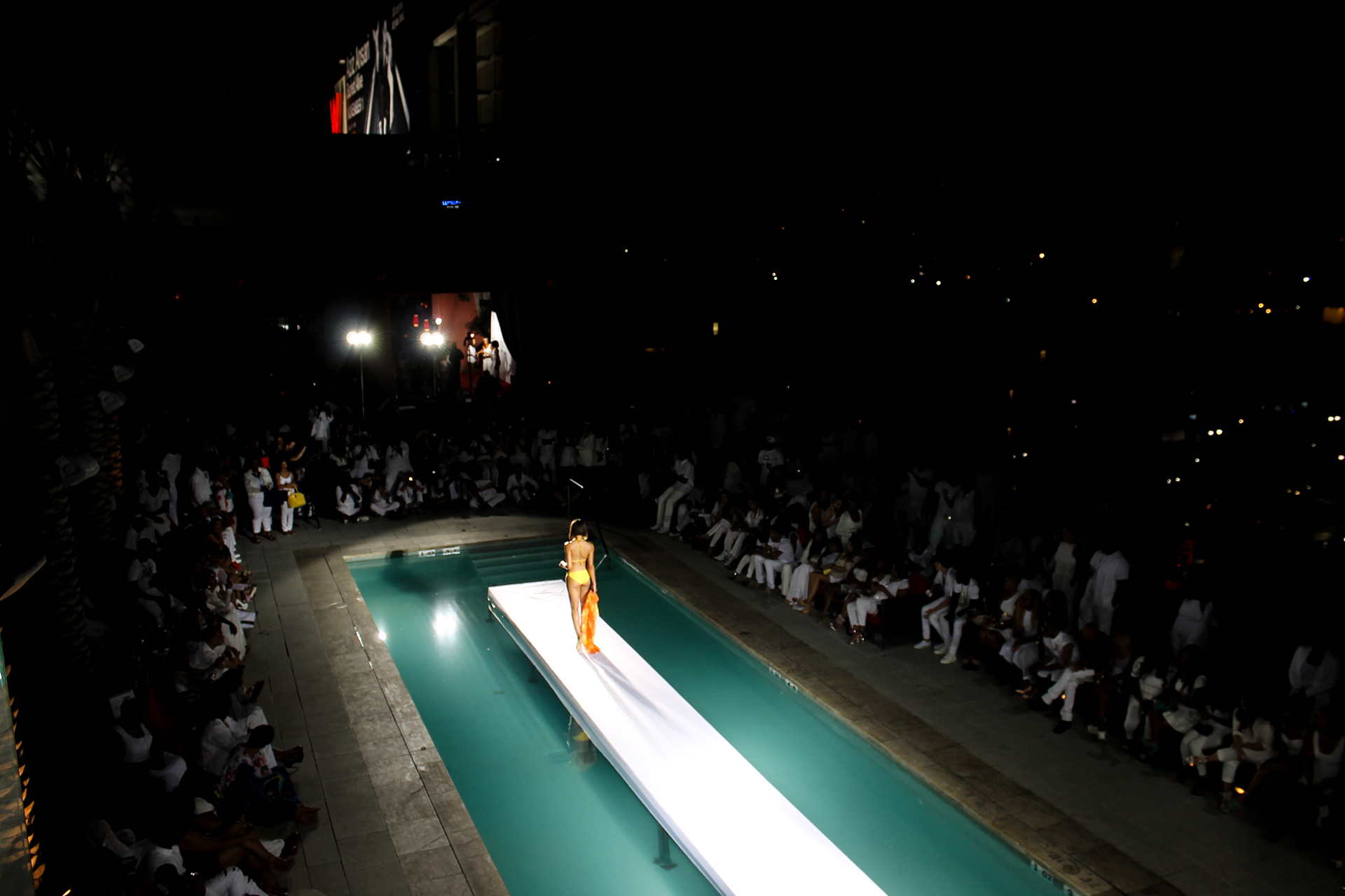 Hive lighting built bright for Pool fashion show